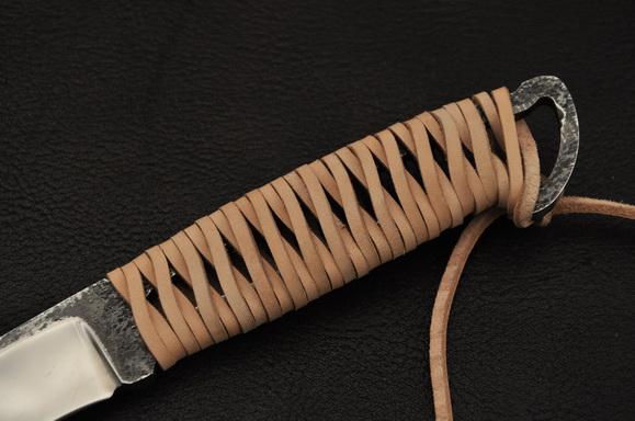 Плетенная рукоять ножа